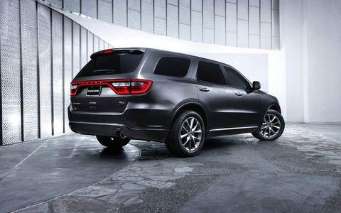 The 5.7-liter HEMI V8 engine produces 360 horsepower and 390 lb.-ft. of torque.