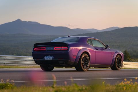 The 2019 Dodge Challenger R/T Scat Pack Widebody is the surprisingly balanced king of today's naturally aspirated Mopars. It makes 485 hp courtesy of its 6.4-liter V8.