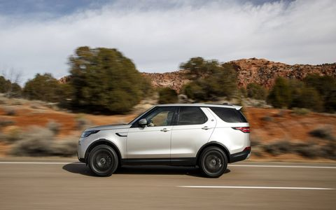 The 2017 Land Rover Discovery rides on the automaker's aluminum Premium Lightweight Architecture, which also underpins the Range Rover and Range Rover Sport.