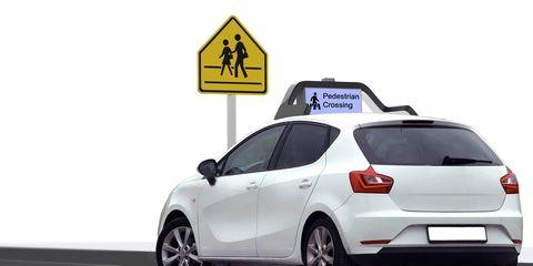 Motor vehicle, Tire, Wheel, Mode of transport, Automotive design, Automotive mirror, Vehicle, Automotive tire, Automotive tail & brake light, Rim,