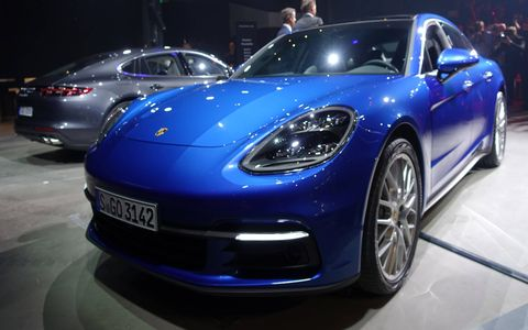 The 2017 Porsche Panamera takes cues from other cars in the Porsche lineup for its redesign.