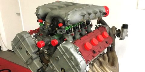 This F40 engine has been displayed at New York's Museum of Modern Art in 1993-1994, and is now offered with a number of custom components.