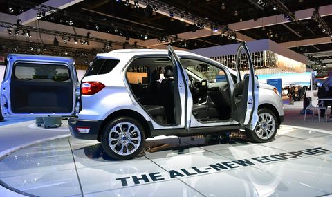 The 2018 Ford EcoSport gets either a 123-hp turbocharged I3 or a 166-hp I4. Both get a six-speed automatic.