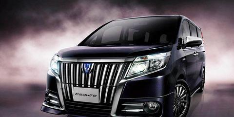 Motor vehicle, Automotive design, Product, Vehicle, Automotive lighting, Grille, Headlamp, Automotive exterior, Car, Glass,
