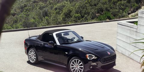 The 2017 Fiat 124 Spider makes it debut at the LA Auto Show, with sales to start during the summer of 2016.