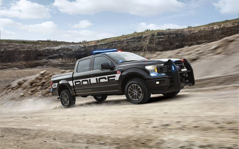 Additional F-150 Police Responder performance enhancements include a police-calibrated brake system with upgraded calipers and pad friction material, upgraded front-stabilizer bar for improved braking and handling and 18-inch alloy wheels with all-terrain tires.