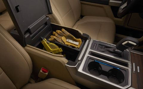 Ultimate configurability for cargo – inside the cab and in the bed – makes new Ford F-150 even more capable.