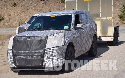 These spy shots look to be of the new Ford Explorer testing in Colorado.