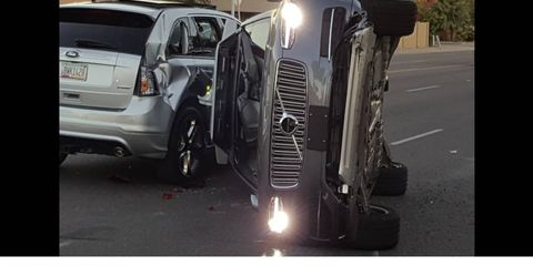 Photos posted on Twitter by a Fresco News reader showed an autonomous XC90 following the multi-car crash.