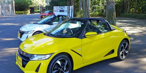 We get a brief taste of the 2015 Honda S660, a tiny, mid-engine kei car in the spirit of the automaker's earliest roadsters.