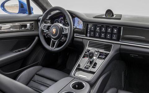 Interior comfort has never been a Panamera shortcoming.