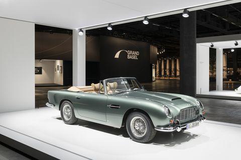 Aston_Martin_DB_5_Volante_1966