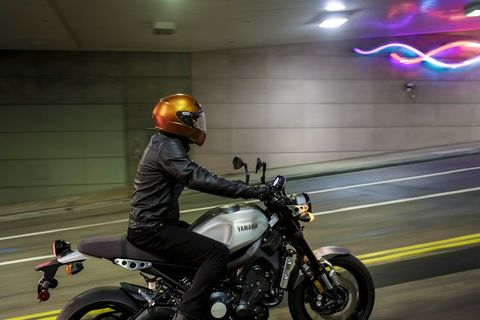 The $399 Shoei RF-SR motorcycle helmet is anything but entry level, with most of the safety features found on more upscale brain buckets: three air intakes and two exhausts, a flip-down shield that can be swapped out quickly and still blocks 99% of UV rays from your flying eyeballs, dual-layer, multi-density liner construction, Shoei's  fiberglas MultiPly Matrix AIM+  Shell construction and a patented quick-release system.