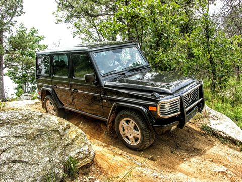 Land vehicle, Car, Off-roading, Vehicle, Regularity rally, Off-road vehicle, Automotive tire, Sport utility vehicle, Automotive design, Recreation,