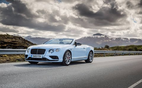 The Bentley Continental GT V8 S convertible in Jet Stream looks stunning against the Norwegian backdrop.