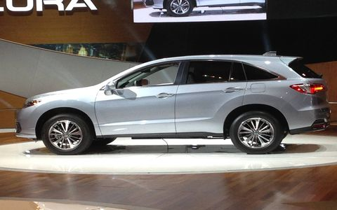 The newly refreshed and energized 2016 Acura RDX luxury SUV stepped it up at the Chicago Auto Show.