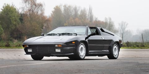 Just over 400 examples of the Jalpa were produced in the 1980s.