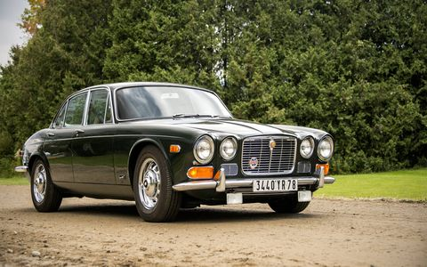 An XJ with the rare early fascia, this BRG example appeared to be in excellent condition throughout.