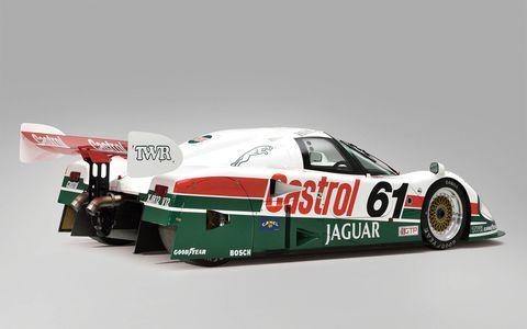 Tire, Automotive design, Automotive exterior, Motorsport, Automotive decal, Race car, Touring car racing, Logo, Sports car, Auto racing,