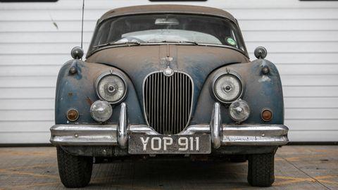 Land vehicle, Vehicle, Car, Classic car, Motor vehicle, Classic, Antique car, Coupé, Sedan, Daimler 250,