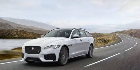 The standard adaptive dynamics enables drivers to fine-tune settings for the steering, transmission and throttle. Customers can also tune the suspension settings for an even more personalized driving experience.