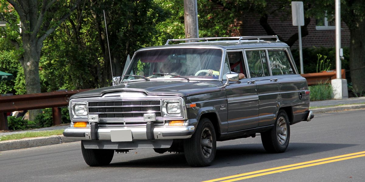 Street-Spotted: Jeep Grand Wagoneer