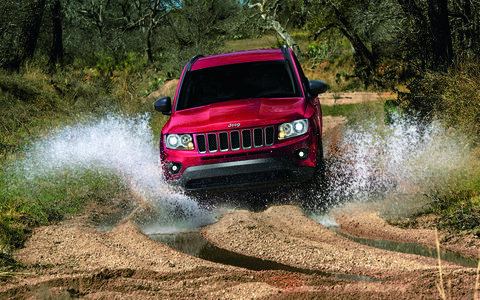 The all-new Jeep Compass looks like a scaled down Jeep Grand Cherokee.