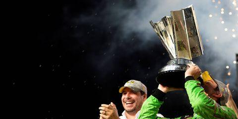 Kyle Busch wins 2015 NASCAR Sprint Cup.