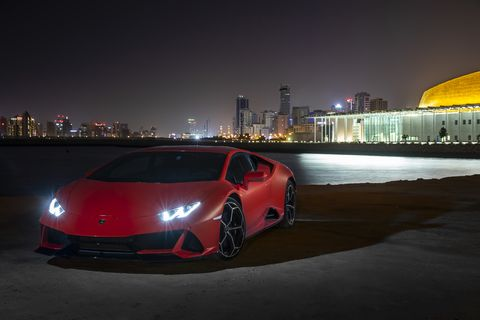 """The 2020 Lamborghini Huracan Evo on the road with a new front bumper and """"exposed"""" hexagonal mesh rear-end"""