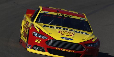 Joey Logano can clinch a spot in the NACAR Sprint Cup championship race with a solid finish at Phoenix.