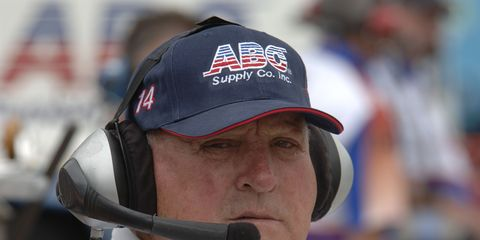 Fans are rallying to have A.J. Foyt honored with the Presidential Medal of Freedom.