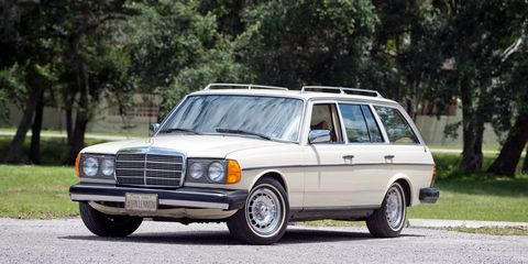 The last car used by the legendary John Lennon is getting ready to cross the auction block.