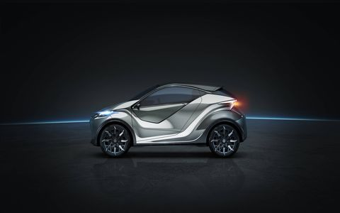 The Lexus LF-SA concept promises to shuffle driver and passengers around the urban environs of the future in comfort and, er, style. No word on the sub-B-segment ultra-compact 2+2 concept's hypothetical powertrain, but an electric drive -- or even a hydrogen fuel cell setup -- seem equally plausible.