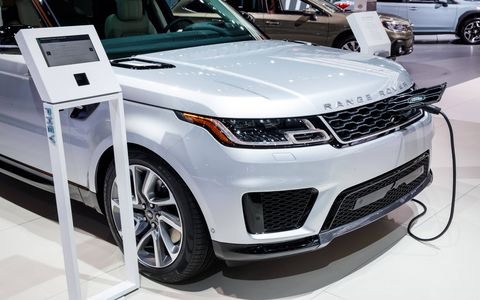 The 2019 Range Rover PHEV and Range Rover Sport PHEV will have a few unique offerings.