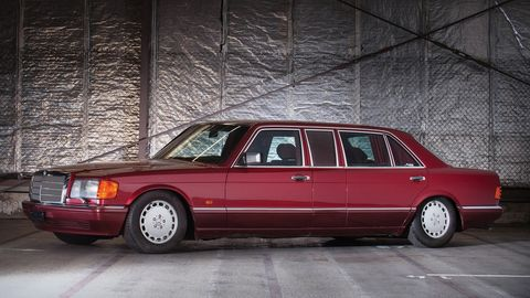 This 1990 Mercedes-Benz 560 SEL has a murky history and not many kilometers on the clock.