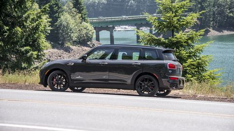 The 2018 Mini Clubman JCW All4 serves up plenty of horsepower in a luxurious wrapper.