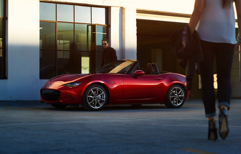 The 2018 Mazda MX-5 Miata comes with a 155-hp inline four-cylinder engine.