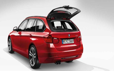 BMW has enhanced the 2015 model of the BMW 328d xDrive Sports Wagon, while maintaining the power and fuel efficiency.