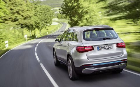 Mercedes-Benz debuted the GLC F-Cell at the Frankfurt motor show, combining a hydrogen fuel cell with a traditional lithium-ion battery for this hybrid.