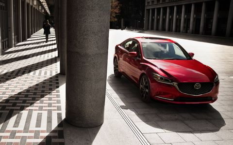 For the 2018 model year, the Mazda 6 sedan gets a powerful turbocharged 2.5-liter inline-four borrowed from the CX-9 crossover -- and an upscale Signature trim.