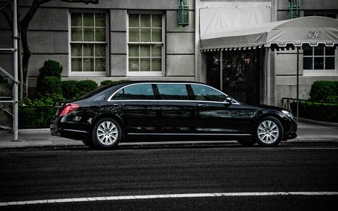 As its predecessors, the Pullman will be offered in armored and non-armored spec.