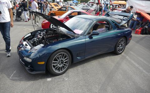 Look under the hood: it's a Corvette! Dahn Vo swapped in a 5.7-liter LS1 V8 into his '94 RX7.