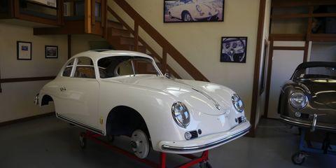 Land vehicle, Vehicle, Car, Classic car, Coupé, Porsche 356, Antique car, Classic, Subcompact car, Sedan,