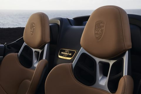 Deep bucket seats come in the Porsche 911 Speedster and a clutch pedal. All U.S. cars include the center console screen for the mandatory back-up camera