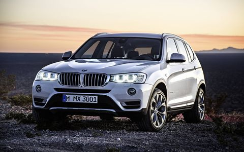 The 2015 BMW X3 xDrive35i has the 3.0-liter six-cylinder in-line engine which develops 300hp and produces maximum torque of 300 lb-ft.