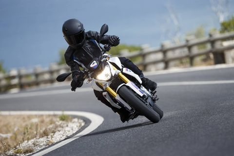 The BMW G310R has a liquid-cooled 313cc single-cylinder; rated output is 34 hp.