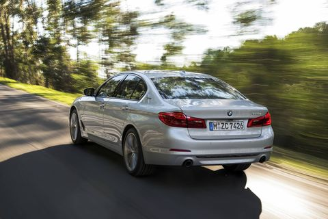 The 2018 BMW 530e iPerformance comes with a 2.0-liter turbocharged I4 with an integrated electric motor making 248 hp.