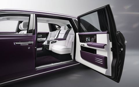 Look inside the all-new Rolls-Royce Phantom, which includes an art display space dubbed 'The Gallery.'