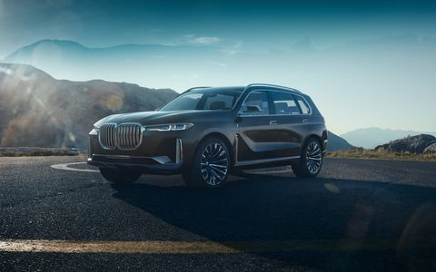 """The X7 iPerformance uses BMW's """"new luxury"""" look also found on the 8-Series concept. We'll see it at the Frankfurt motor show."""