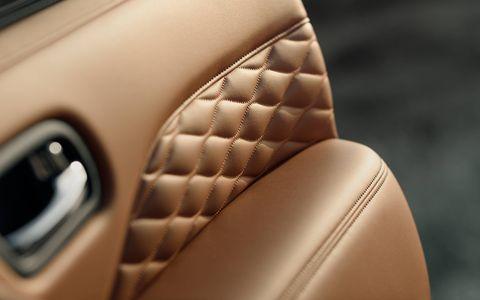 Infiniti teases its new QX80 luxury SUV ahead of its Dubai motor show debut.